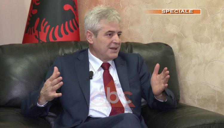 Ahmeti: Jam zot dhe jo qiraxhi në Maqedoni (VIDEO)