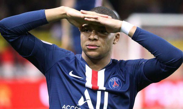 Mbappe synon tripletë me PSG-në
