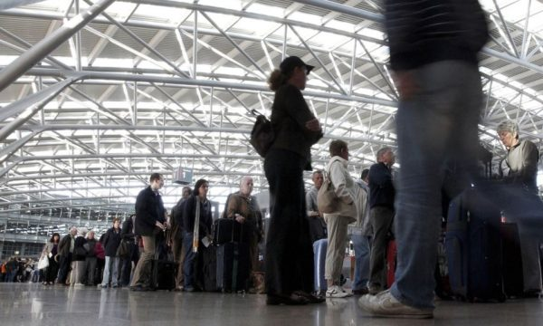 Shqetësuese: Për një dekadë Kosovës i kanë ikur 220 mijë njerëz