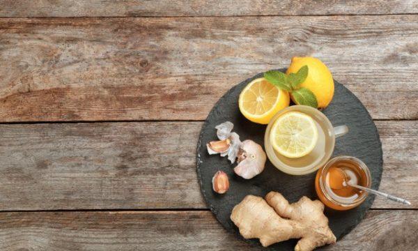 Këto ushqime parandalojnë dhimbjen e fytit