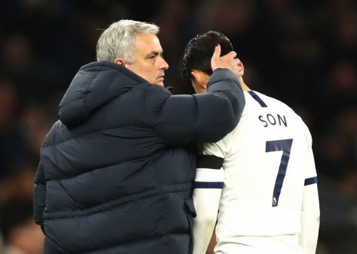 """Mourinho del në """"origjinë"""", fillon përplasjet me lojtarët e Tottenham"""
