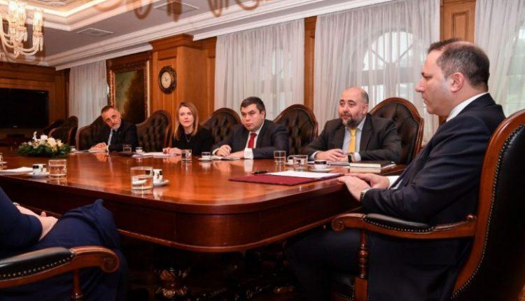 Spasovski – Galovej: Do të ofrojmë argumente të forta për vendim pozitiv për fillimin e negociatave me BE-në