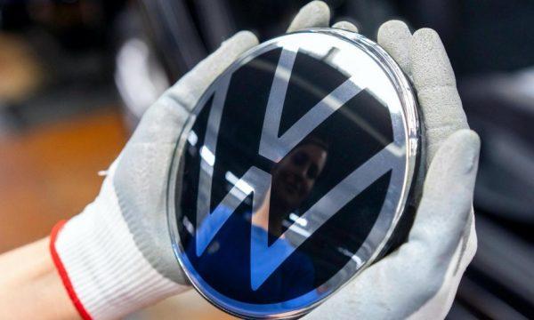 Volkswagen, 830 milionë euro dëmshpërblim për klientët e tij