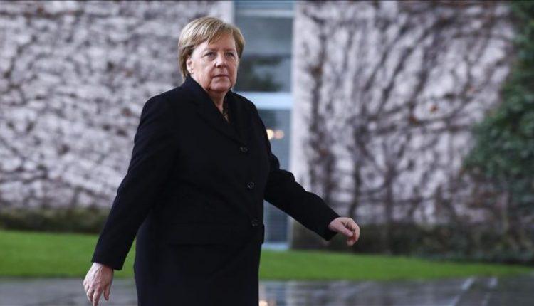 Merkel: Racizmi është helm që gjendet në shoqërinë tonë