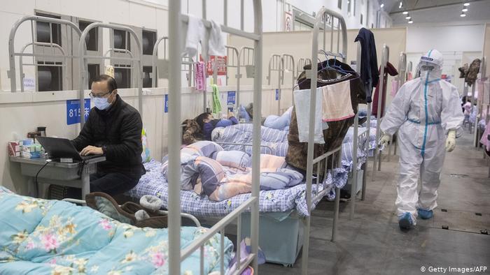 Wang: Ulje e ndjeshme e të prekurve nga koronavirusi