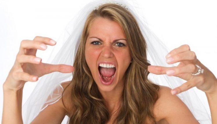 Nusja hakmerret ndaj të ftuarës që erdhi në dasmë me fustan të bardhë