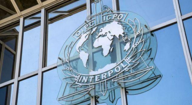 Opozita kritikon Qeverinë për zmbrapsje nga INTERPOL-i
