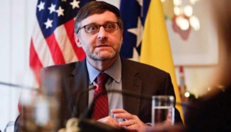 Shtetet e Bashkuara presin një qeveri që do të çojë përpara Maqedoninë Veriore drejt BE-së, porositi Palmer