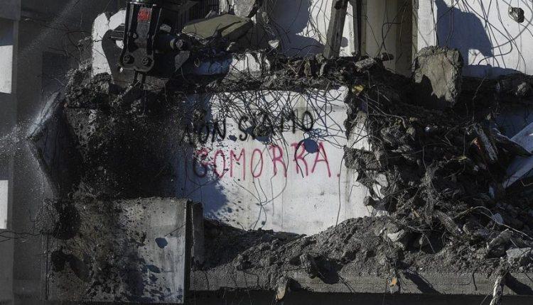 """Nis shkatërrimi i lagjes më mafioze të Italisë, rrafshohen simbolet e """"Gomorra-s"""""""