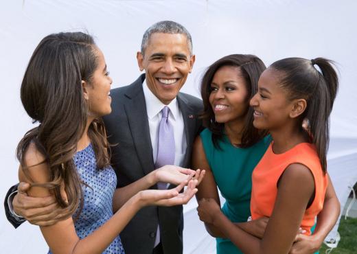 Pse Michele Obama nuk i ndjek vajzat në rrjetet sociale?