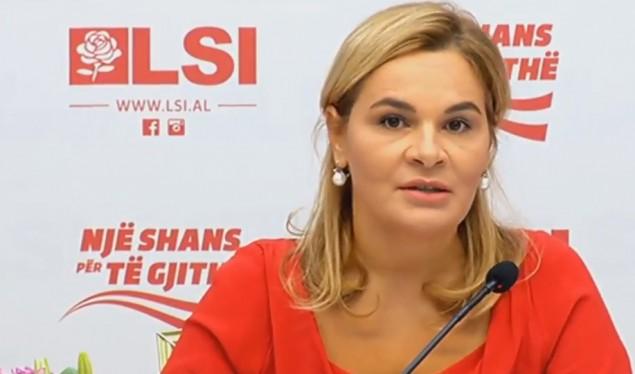 U kap me para e fletë votimi, kandidatja i del në mbrojtje militantit të LSI të arrestuar: Po bënte ushtrime!