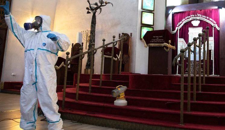 Martesë në kohën e Covid-19, ceremonia e çiftit në Izrael kryhet me sallën bosh