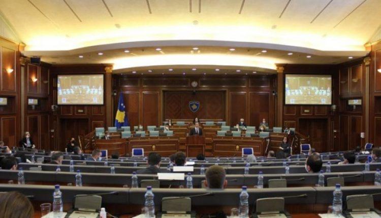 Deputeti i VV-së: LDK tradhtoi qytetarët, po vërehet koordinimi Mustafa-Thaçi