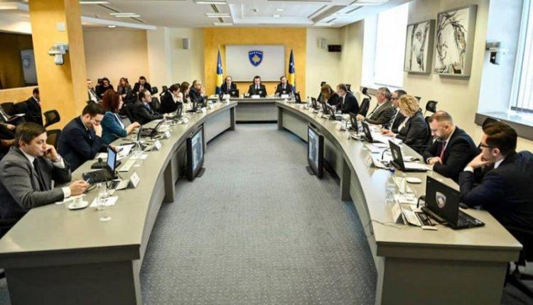 Albin Kurti mbledh Qeverinë në detyrë, merr këtë vendim