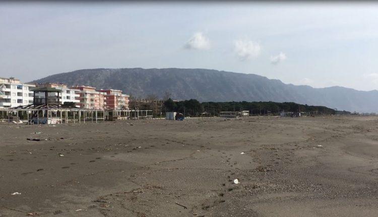 Turizmi në krizë: Në Velipojën që duhet të ishte kantier pune për pritjen e turistëve mbizotëron qetësia