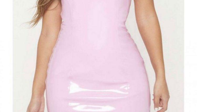 Vajza porosit fustanin online, pakoja që mbërrin e trondit