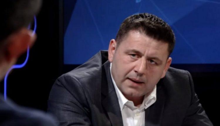 Bekë Berisha – VV-së: Nëse ju ka kallë bishti dhelprës nuk u kallë gjithë bota