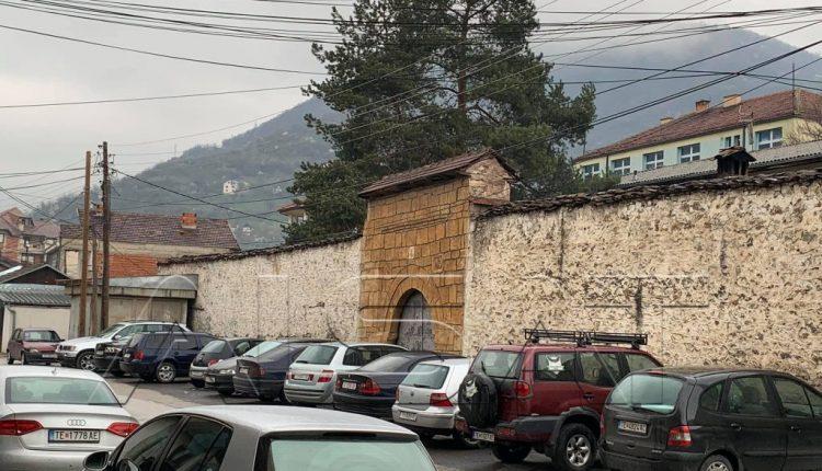 Hidhet bombë në burgun e Tetovës