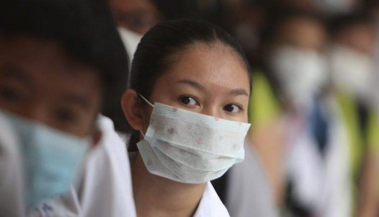 """Psikologët dhe ekspertët tregojnë se pse njerëzit kanë frikë – edhe pse sëmundja e shkaktuar nga coronavirusi është """"përgjithësisht e butë"""""""
