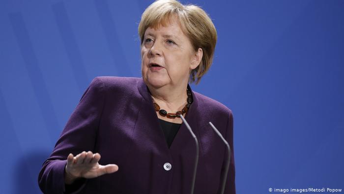 Merkel: Është shumë herët për zbutje të masave