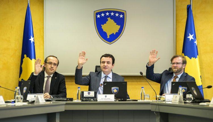 Kryeministri në detyrë, Albin Kurti shkarkon Avdullah Hotin (Dokument)