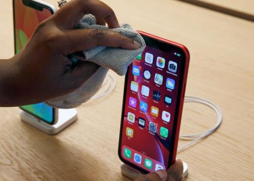 Mënyrat më të sigurta për të pastruar celularin pa e dëmtuar