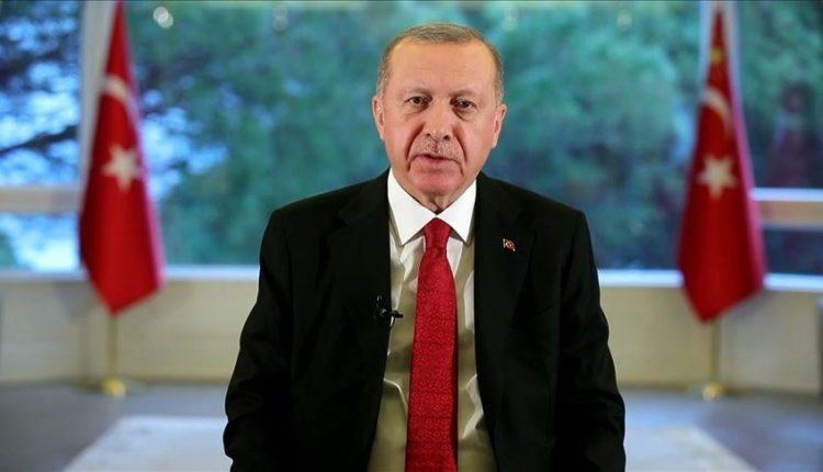 Erdogan: Turqia u dërgoi ndihmë 17 vendeve në luftën kundër koronavirusit
