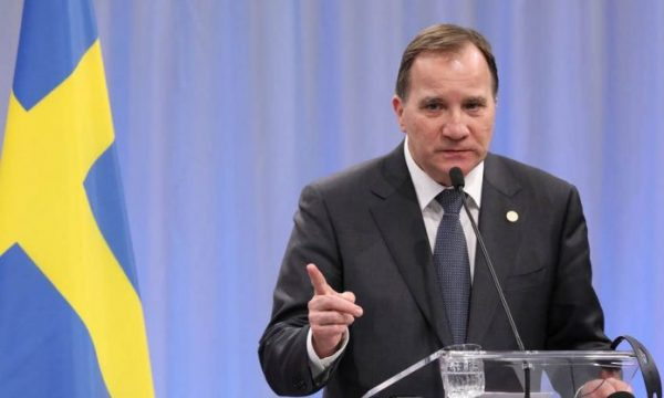 Suedi, kryeministri paralajmëron për mijëra viktima nga COVID-19