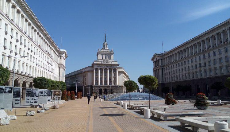 Bullgari: Deri më 13 maj vazhdon gjendja e jashtëzakonshme