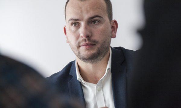 Kryetari i Kamenicës: 11 pacientët e rinj me koronavirus janë të moshës së re