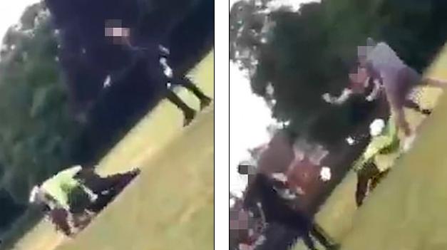 Moment shokues! Adoleshentët tërheqin zvarrë dhe shkelmojnë një oficer policie (VIDEO)