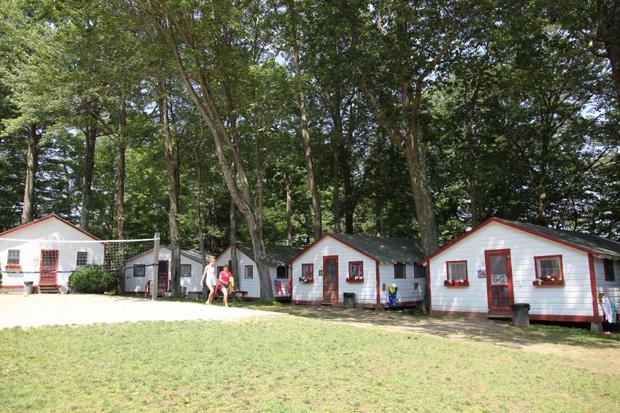 SHBA konsideron hapjen e kampeve verore për fëmijë