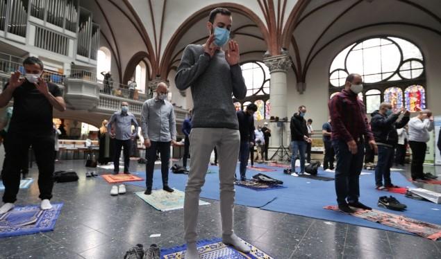 Një kishë në Berlin mirëpret myslimanët