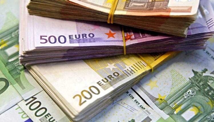 """""""Katërshja kursimtare"""" fuqimisht kundër planit ekonomik të Merkelit dhe Makronit"""
