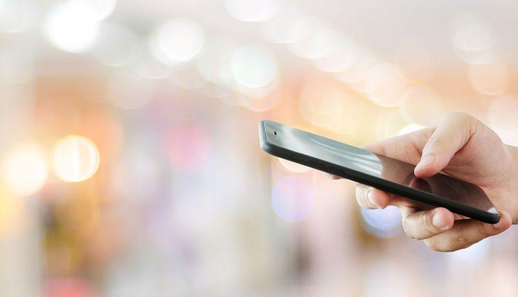Policia në kërkim të personit që kërcënoi një femër me sms