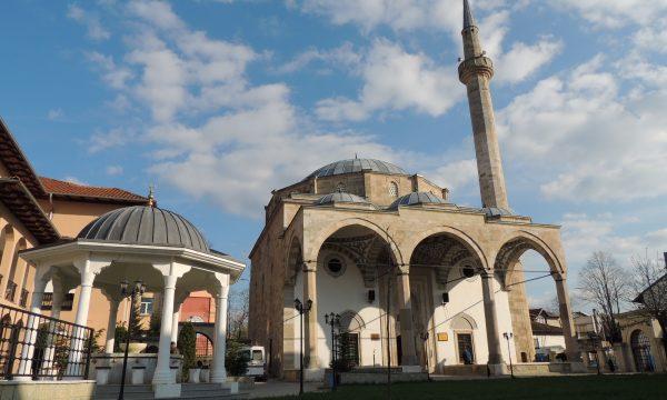 BIK: Bajrami këtë herë pa namaz në xhami dhe pa vizita familjare