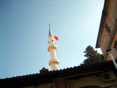 Shqipëri, namazi i Bajramit do të falet nëpër xhami