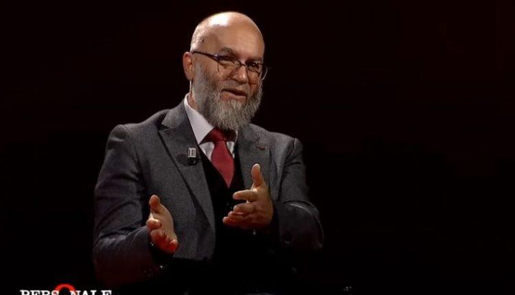 Hoxhë Ekrem Avdiu: Falja e Bajramit veprim ceremonial, falja e namazit të Sabahut shumë më e vlefshme (VIDEO)