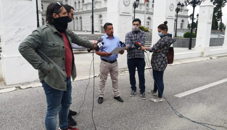 SP: Qeveria ta korrigjojë vendimin për shtesën prej 15 mijë denarëve për nëpunësit policorë
