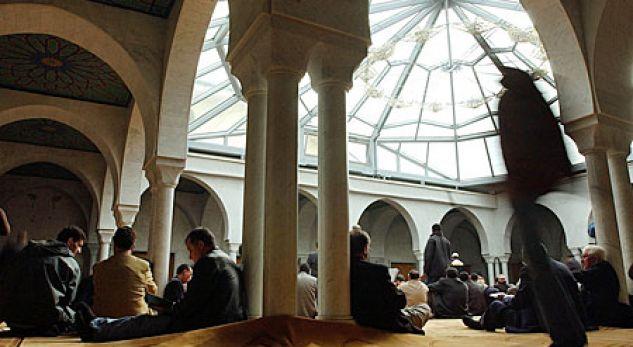 Zvicra lejon frekuentimin e vendeve të adhurimit fetar nga 28 maji