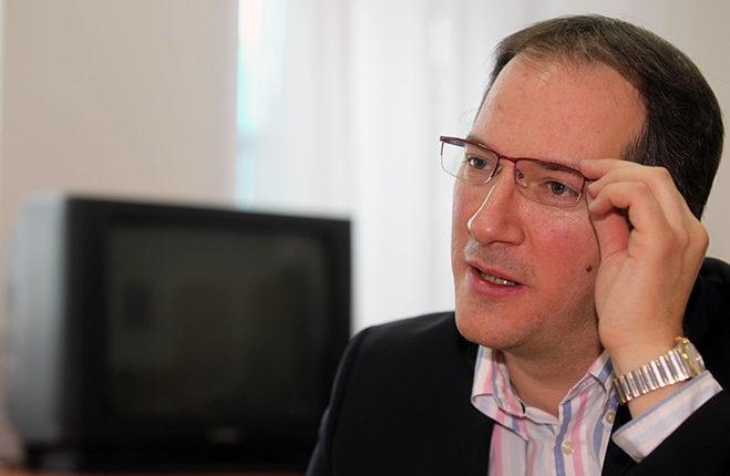 """Zhernovski: Ditë e madhe për drejtësinë, e keqe për """"tefterët"""" e VMRO-DPMNE-së"""
