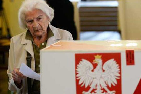 Duda mori 43,5 për qind të votave në raundin e parë të zgjedhjeve presidenciale, Traskovski 30,5 për qind