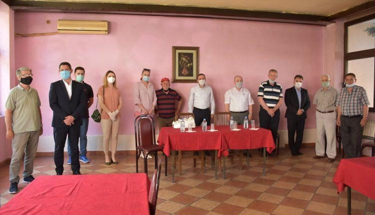 BDI: Takim ne shoqatën e pensionistëve të Tetovës (FOTO)
