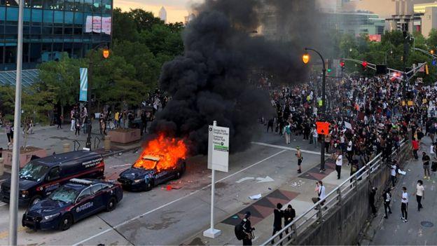 Trump guvernatorëve të SHBA-së: Duhet të tregoheni më të ashpër me protestuesit