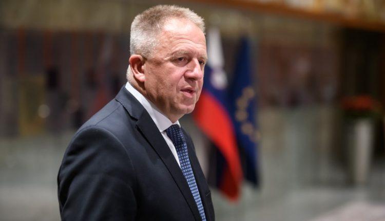 Mediat sllovene: Arrestohet ministri i Ekonomisë Zdravko Poçivalshek