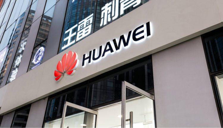Huawei synon të prodhojë makina pa shofer