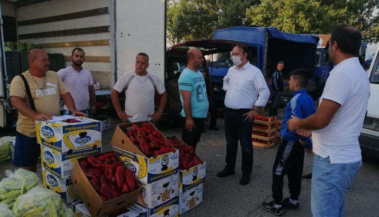 """Afrim Gashi realizoi takim me tregtarët e """"Tregut të Gjelbër – Kvantashki"""" në Shkup"""