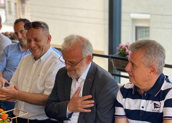 Komandant Dan Limaj mbështetje kandidatit  për kryeministër shqiptar në Maqedoni (FOTO)