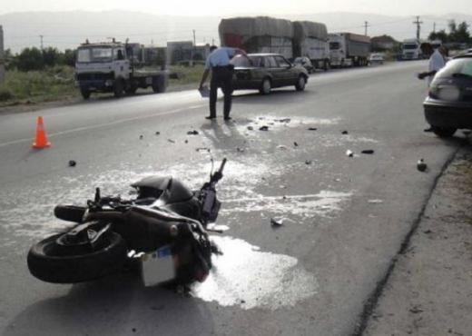 Makina merr para motorin në Rrogozhinë, humb jetën 50 vjeçari