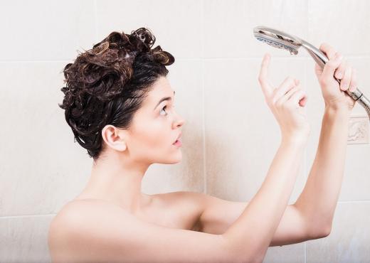 5 gjëra të çuditshme që i ndodhin trupit tuaj nëse nuk laheni dy ditë